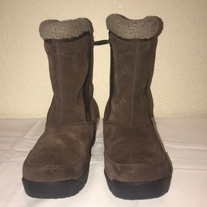 Sorel women's boots size 7, brown suede